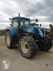 landbouwtractor New Holland T 6070