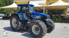 landbouwtractor New Holland TM 175