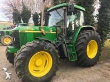 tracteur agricole John Deere 6510