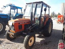 tracteur agricole Zetor 7011