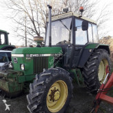 tracteur agricole John Deere 2140 4X4 SG2