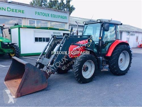 Tracteur agricole Massey Ferguson 6445