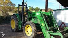 tracteur agricole John Deere 6105 M