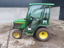 tracteur agricole John Deere 4110