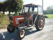 tracteur agricole Fiat 666