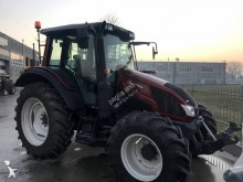 tracteur agricole Valtra N103