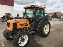 Renault 130 Landwirtschaftstraktor