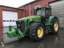 tracteur agricole John Deere 8530