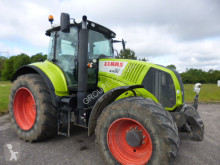 Claas AXION 810 farm tractor