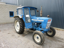 trattore agricolo Ford 4000