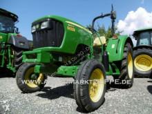 tracteur agricole John Deere 5055E