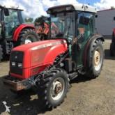 tracteur agricole Massey Ferguson 3330S
