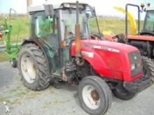 Massey Ferguson 3330 V Landwirtschaftstraktor