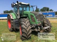 Fendt 933 Vario farm tractor