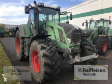 Fendt 824 Vario Profi farm tractor