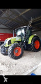 trattore agricolo Claas Arion 620