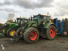 Fendt 824 PROFI PLUS farm tractor