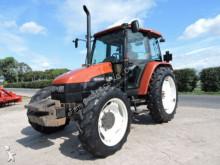 trattore agricolo New Holland L95