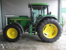 trattore agricolo John Deere 6800