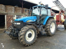 landbouwtractor New Holland TM 130