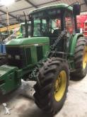 tracteur agricole John Deere 6400