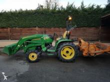 tracteur agricole John Deere 3720