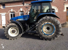landbouwtractor New Holland Tm140
