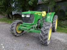 tracteur agricole John Deere 5065E