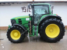 John Deere 7530 Premium farm tractor