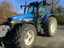 tracteur agricole New Holland tm 135