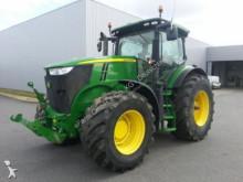 John Deere 7200R Landwirtschaftstraktor