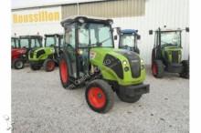 tracteur agricole Claas NEXOS 220 VL