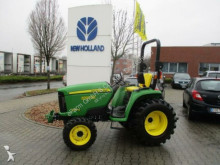 tracteur agricole John Deere 3036E Kompattraktor