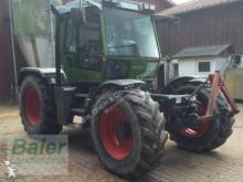 tracteur agricole Fendt Xylon 524