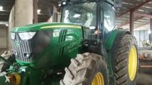 John Deere 6210R Landwirtschaftstraktor