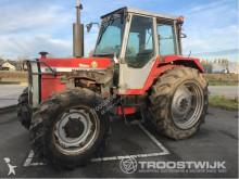 tracteur agricole Massey Ferguson 698