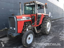 tracteur agricole Massey Ferguson 590
