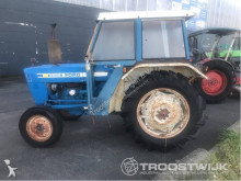 tracteur agricole Ford 2600