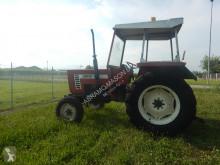 tractor agrícola Fiat 446 2RM
