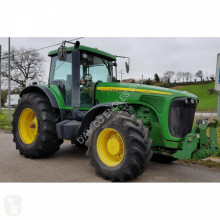 trattore agricolo John Deere 8320 DT