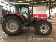 tractor agrícola Massey Ferguson 8120