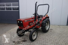 tracteur agricole Case IH IHC 244
