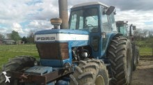 tracteur agricole Ford TW20