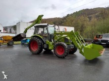 tractor agricol tractor vechi Renault