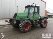 tracteur agricole JCB HMV-130T