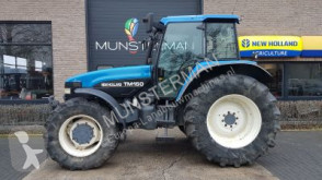 tracteur agricole New Holland TM150