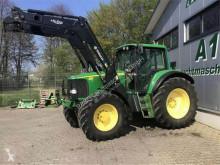 John Deere mezőgazdasági traktor