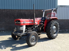 trattore agricolo Massey Ferguson 135