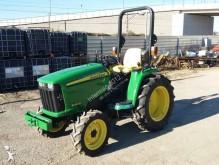 tractor agrícola John Deere 3036E