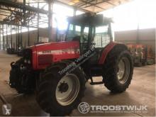 trattore agricolo Massey Ferguson 6260